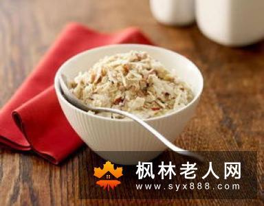 老人早上适合吃燕麦  还可以避免血糖的快速上升