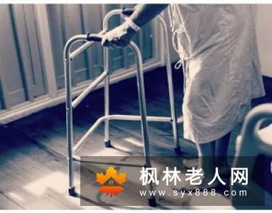 老年人拍手疗法能缓解慢性病